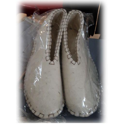 کفش نمدی مردانه