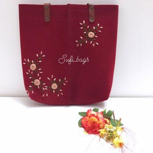 کیف گلدوزی شده نمدی