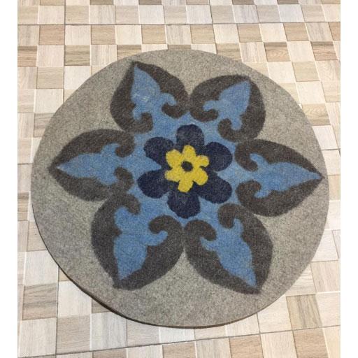 فرش نمدی گرد طرح دار