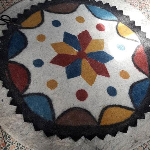 فرش گرد سنتی نمدی